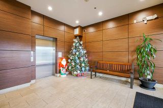 """Photo 4: 414 6888 ROYAL OAK Avenue in Burnaby: Metrotown Condo for sale in """"Kabana"""" (Burnaby South)  : MLS®# R2524575"""