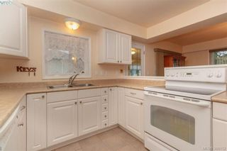 Photo 6: 519 Lampson St in VICTORIA: Es Saxe Point House for sale (Esquimalt)  : MLS®# 784106