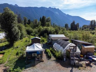 Photo 24: 2162 HIGHWAY 99 in Pemberton: Mount Currie House for sale : MLS®# R2614470
