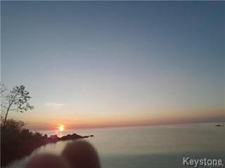 Photo 15: 20 SUNSET Bay in St Clements: Sunset Beach Residential for sale (R27)  : MLS®# 1809174