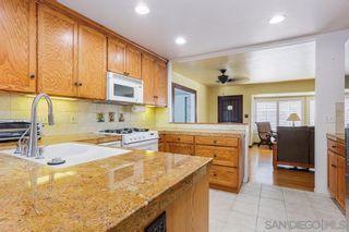 Photo 9: SAN DIEGO House for sale : 4 bedrooms : 3936 Vista Grande Dr.