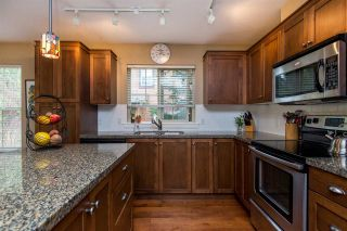 """Photo 12: 43585 FROGS Hollow in Cultus Lake: Lindell Beach House for sale in """"THE COTTAGES AT CULTUS LAKE"""" : MLS®# R2372412"""