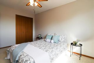 Photo 11: 52 Red Oak Drive in Winnipeg: Oakwood Estates Residential for sale (3H)  : MLS®# 202018136