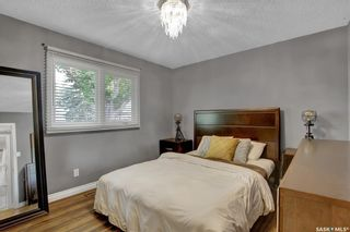 Photo 13: 27 Young Crescent in Regina: Glencairn Residential for sale : MLS®# SK864645