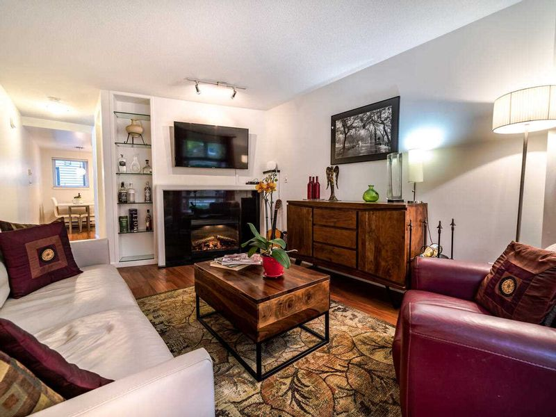 FEATURED LISTING: 13 - 888 16TH Avenue West Vancouver