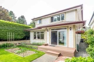 Photo 8: 14118 24 Avenue in Surrey: Sunnyside Park Surrey House for sale (South Surrey White Rock)  : MLS®# R2613487