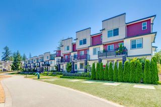 """Photo 3: 31 15633 MOUNTAIN VIEW Drive in Surrey: Grandview Surrey Townhouse for sale in """"IMPERIAL"""" (South Surrey White Rock)  : MLS®# R2603438"""
