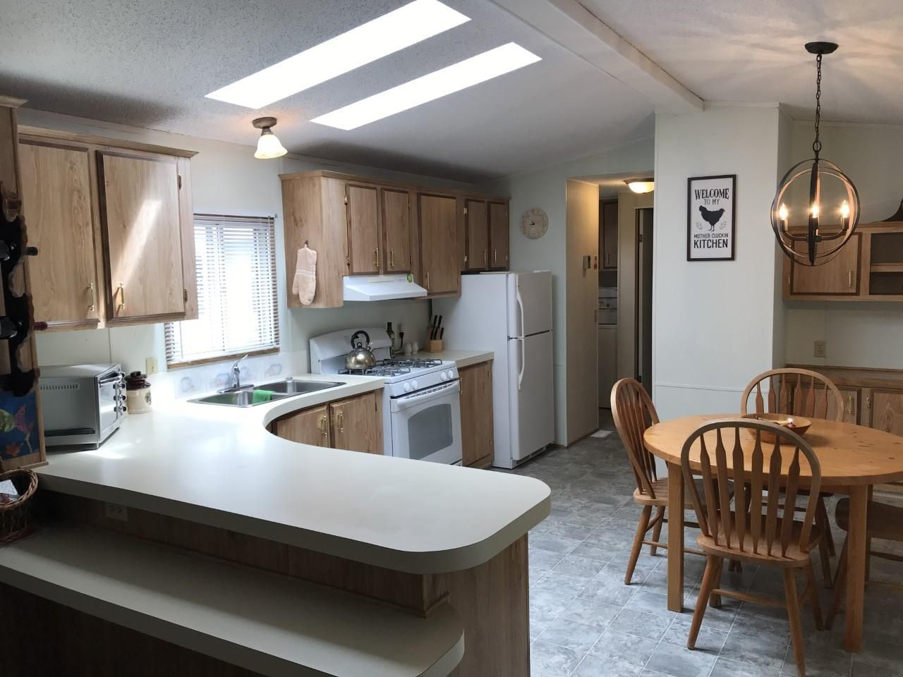 """Main Photo: 79 3300 HORN Street in Abbotsford: Central Abbotsford Manufactured Home for sale in """"Georgian Park"""" : MLS®# R2473455"""