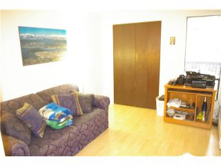 """Photo 7: 306 110 7 Street in New Westminster: Uptown NW Condo for sale in """"VILLA MONTEREY"""" : MLS®# V929454"""