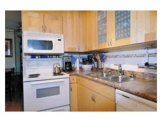 """Photo 3: # 2204 3970 CARRIGAN CT in Burnaby: Government Road Condo for sale in """"DISCOVER PLACE"""" (Burnaby North)  : MLS®# V861085"""