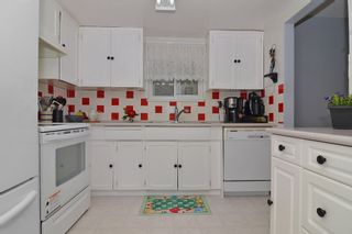 Photo 5: 408 BRUNEAU Place in Langley: Home for sale : MLS®# F1309344