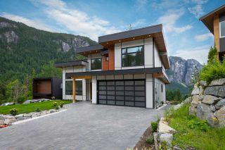 Photo 30: 2204 WINDSAIL PLACE in Squamish: Plateau House for sale : MLS®# R2464154