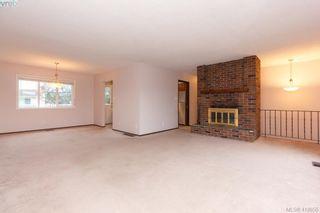 Photo 6: 1813 Rossiter Pl in VICTORIA: SE Lambrick Park House for sale (Saanich East)  : MLS®# 830624