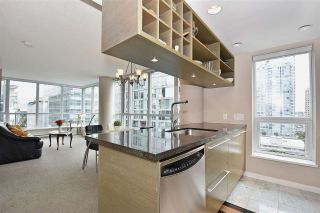 """Photo 5: 1003 833 SEYMOUR Street in Vancouver: Downtown VW Condo for sale in """"CAPITOL RESIDENCES"""" (Vancouver West)  : MLS®# R2098588"""