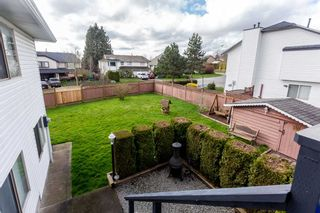 Photo 18: 18787 56B Avenue in Surrey: Cloverdale BC House for sale (Cloverdale)  : MLS®# R2041137