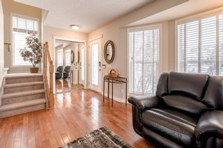 Photo 3: 28 TUSCANY VALLEY Lane NW in Calgary: Tuscany Detached for sale : MLS®# C4236700