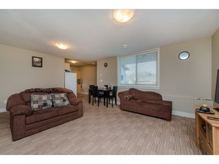 Photo 17: 2122 MERLOT Boulevard in Abbotsford: Aberdeen House for sale : MLS®# R2151107