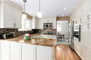Photo 7: 2730 WALPOLE CRESCENT in North Vancouver: Blueridge NV House for sale : MLS®# R2445064