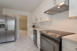 """Photo 6: 24 8111 SAUNDERS Road in Richmond: Saunders Townhouse for sale in """"OSTERLEY PARK"""" : MLS®# R2565559"""