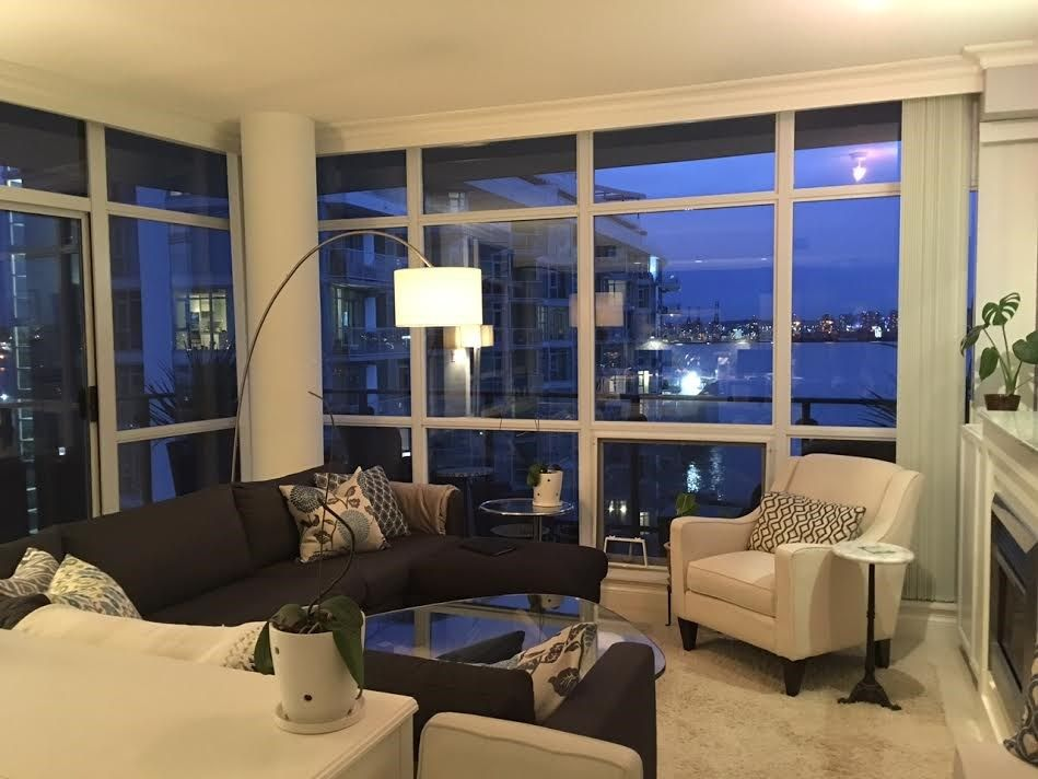 """Photo 4: Photos: 1004 172 VICTORY SHIP Way in North Vancouver: Lower Lonsdale Condo for sale in """"Atrium at the Pier"""" : MLS®# R2147061"""