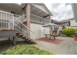 """Photo 3: 12 32821 6 Avenue in Mission: Mission BC Townhouse for sale in """"Maple Grove Manor"""" : MLS®# R2593158"""