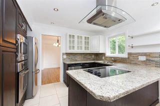 Photo 5: 11886 BONSON Road in Pitt Meadows: Central Meadows House for sale : MLS®# R2292813