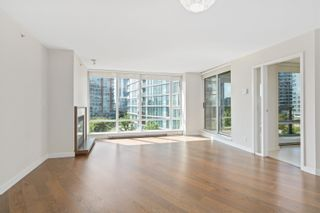 Photo 8: 705 8 SMITHE Mews in Vancouver: Yaletown Condo for sale (Vancouver West)  : MLS®# R2612133
