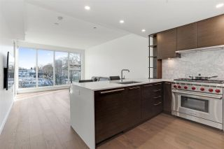 "Photo 1: 304 1819 W 5TH Avenue in Vancouver: Kitsilano Condo for sale in ""WEST FIVE"" (Vancouver West)  : MLS®# R2575483"