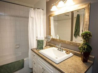 """Photo 13: 327 19750 64 Avenue in Langley: Willoughby Heights Condo for sale in """"The Davenport"""" : MLS®# F1418142"""