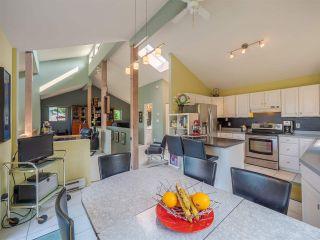 Photo 18: 5852 SKOOKUMCHUK Road in Sechelt: Sechelt District House for sale (Sunshine Coast)  : MLS®# R2504448