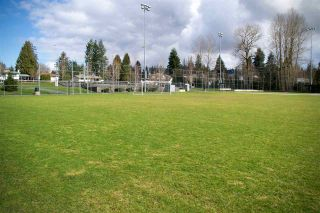 Photo 6: 204 33870 FERN Street in Abbotsford: Central Abbotsford Condo for sale : MLS®# R2570775