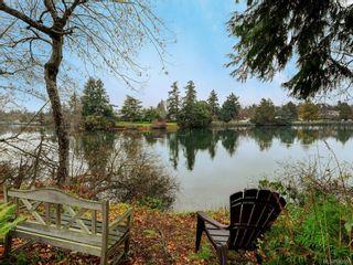 Photo 4: 8 915 Glen Vale Rd in Esquimalt: Es Gorge Vale House for sale : MLS®# 843551