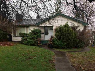 Photo 1: 1922 TENTH Avenue in New Westminster: West End NW House for sale : MLS®# R2124853