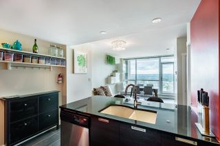 """Photo 5: 2508 2968 GLEN Drive in Coquitlam: North Coquitlam Condo for sale in """"GRAND CENTRAL II"""" : MLS®# R2603634"""