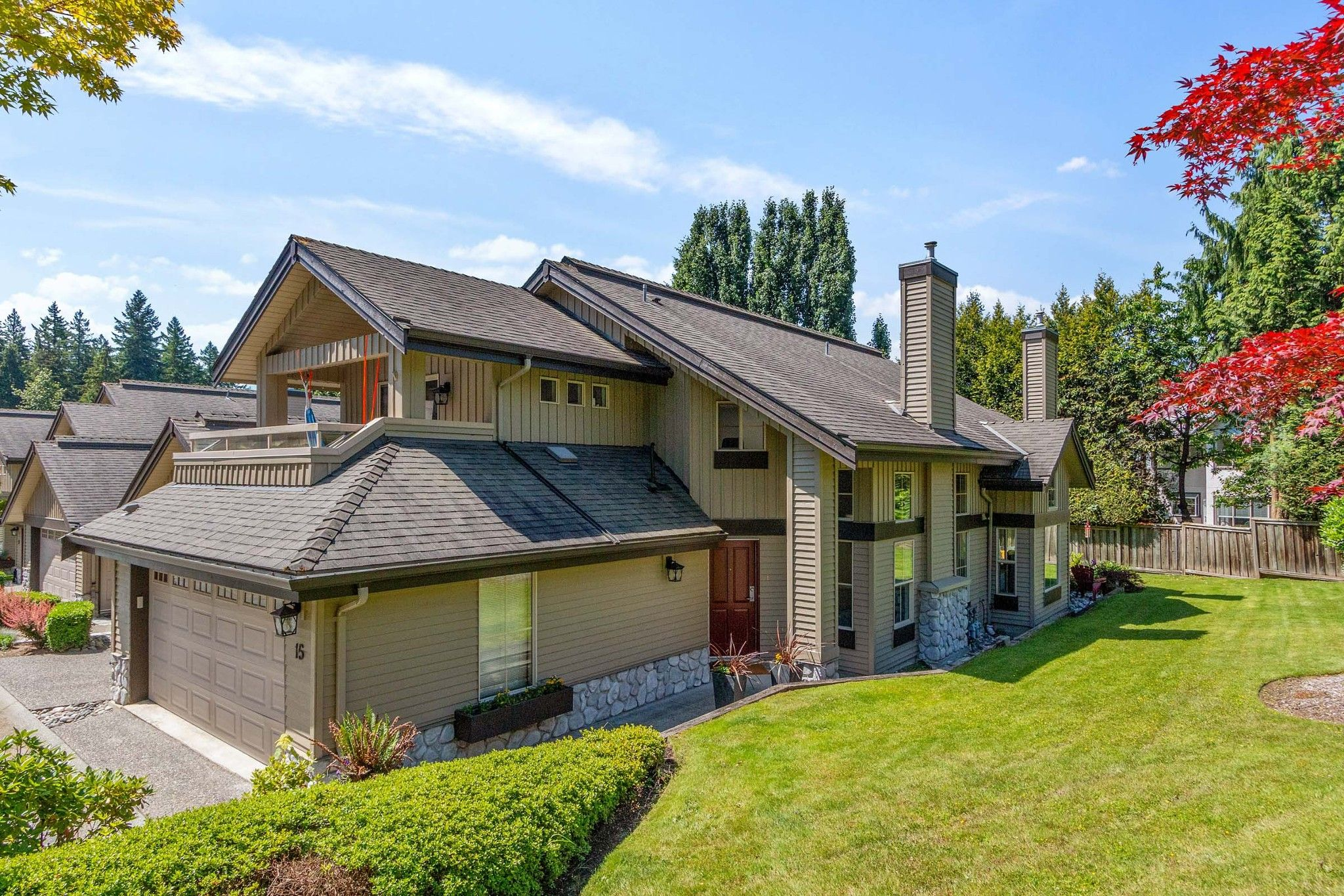 """Main Photo: 15 1550 LARKHALL Crescent in North Vancouver: Northlands Townhouse for sale in """"NAHANEE WOODS"""" : MLS®# R2594601"""