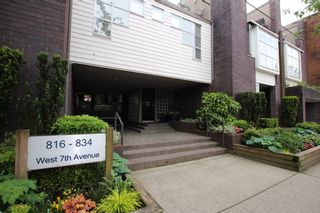 Photo 1:  in : Vancouver West Townhouse for rent : MLS®# AR102