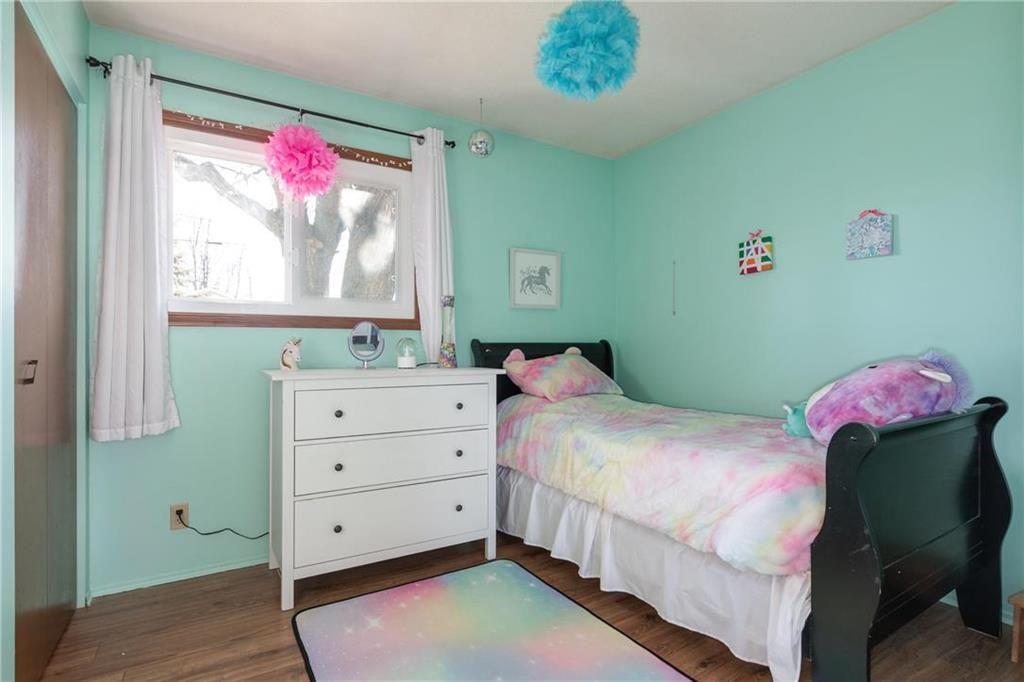 Photo 9: Photos: 34 Glenthorne Crescent in Winnipeg: Bright Oaks Residential for sale (2C)  : MLS®# 202027817