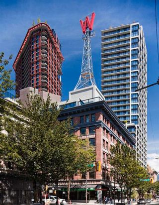 """Photo 4: 1406 108 W CORDOVA Street in Vancouver: Downtown VW Condo for sale in """"WOODWARDS W-32"""" (Vancouver West)  : MLS®# R2578411"""
