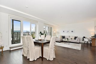 "Photo 3: 302 2035 W 4TH Avenue in Vancouver: Kitsilano Condo for sale in ""The Vermeer"" (Vancouver West)  : MLS®# R2385930"