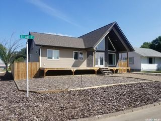 Photo 2: 401 5th Avenue East in Unity: Residential for sale : MLS®# SK823722