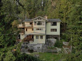 Photo 1: 5704 CARMEL PLACE in Sechelt: Sechelt District House for sale (Sunshine Coast)  : MLS®# R2517180