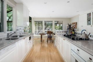 """Photo 10: 3726 SOUTHRIDGE Place in West Vancouver: Westmount WV House for sale in """"Westmount Estates"""" : MLS®# R2595011"""