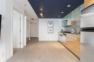 """Photo 12: 1507 33 SMITHE Street in Vancouver: Yaletown Condo for sale in """"COOPERS LOOKOUT"""" (Vancouver West)  : MLS®# R2539609"""