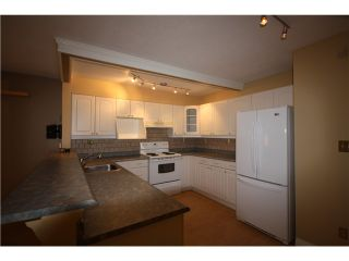 """Photo 3: 11 460 W 16TH Avenue in Vancouver: Cambie Townhouse for sale in """"Cambie Square"""" (Vancouver West)  : MLS®# V1054620"""