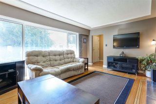 Photo 3: 3496 LANCASTER Street in Port Coquitlam: Woodland Acres PQ House for sale : MLS®# R2104963