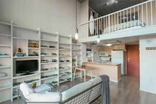 """Photo 3: 403 22 E CORDOVA Street in Vancouver: Downtown VE Condo for sale in """"VAN HORNE"""" (Vancouver East)  : MLS®# R2445831"""