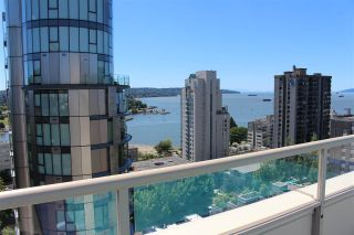 """Photo 4: 706 1250 BURNABY Street in Vancouver: West End VW Condo for sale in """"Horizon"""" (Vancouver West)  : MLS®# R2587984"""