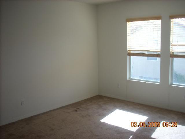 Photo 5: Photos: CHULA VISTA House for sale : 3 bedrooms : 2210 Caminito Turin