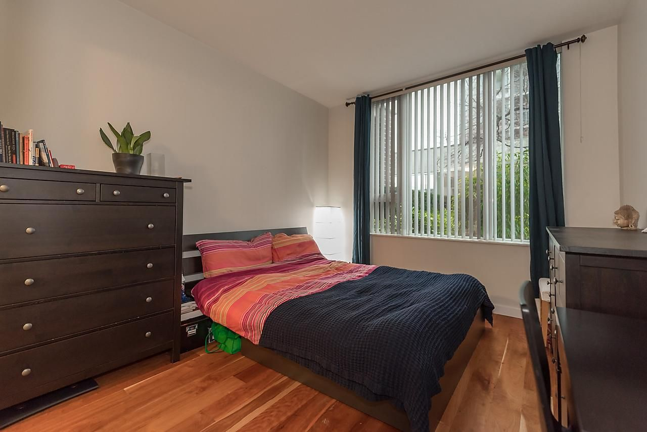 Photo 13: Photos: 101 550 PACIFIC STREET in Vancouver: Yaletown Condo for sale (Vancouver West)  : MLS®# R2135821