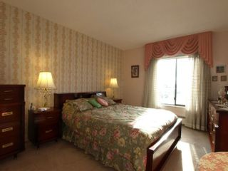 Photo 8: 314 4111 Francis Road in Apple Greene: Home for sale